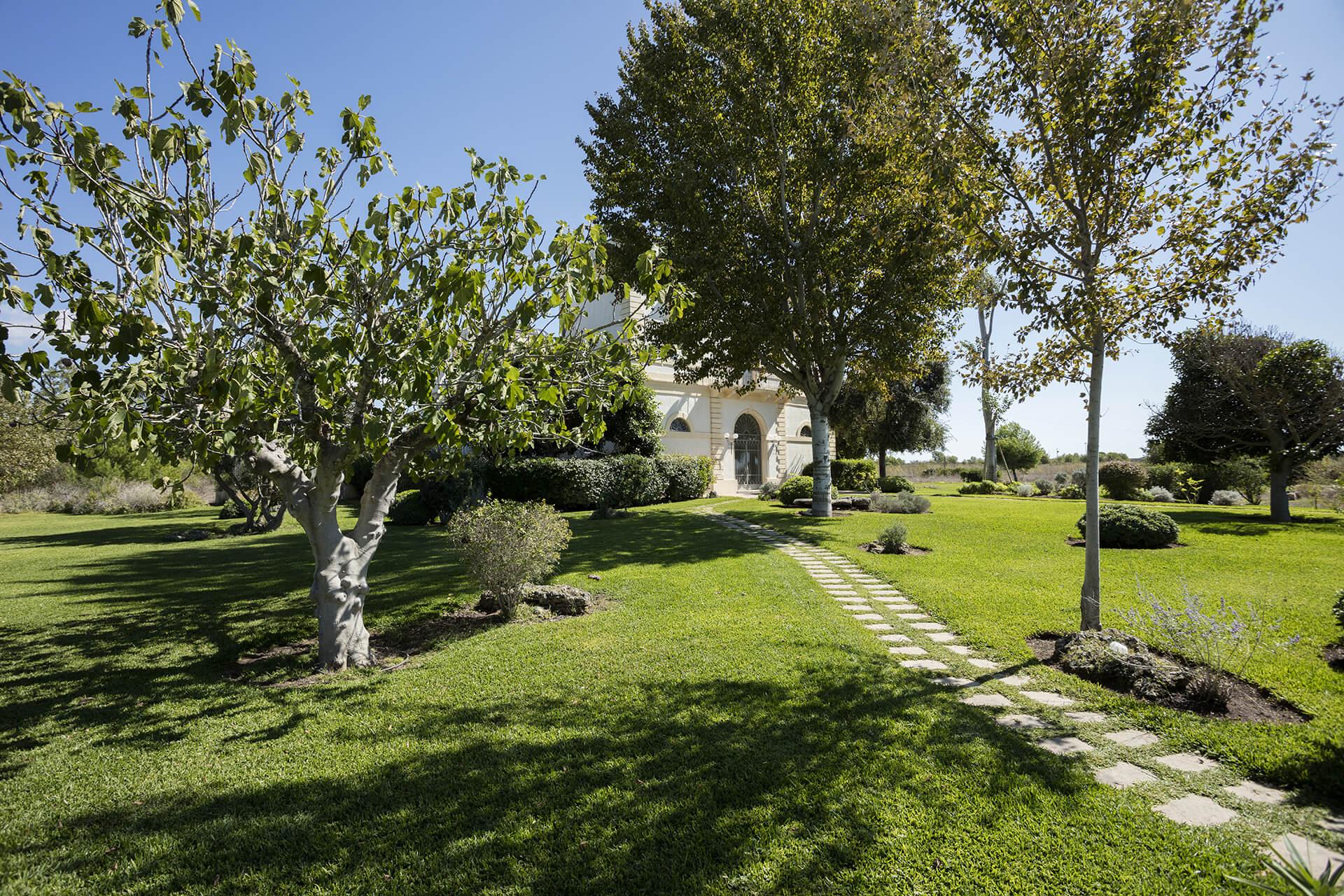 Masseria lifoggi gallipoli salento ingresso giardino - Ingresso giardino ...